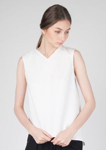 Asymmetric V-neckline Cotton Stretch Top