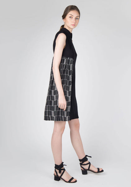Kari Panel Dress in Black