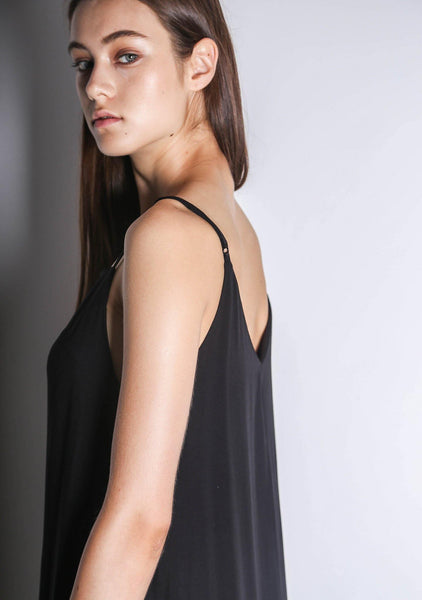 Cory V-back Panelled Maxi Dress in Black - SALIENT LABEL