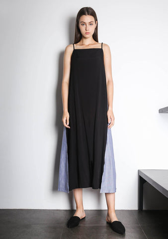 Cory V-back Panelled Maxi Dress in Black