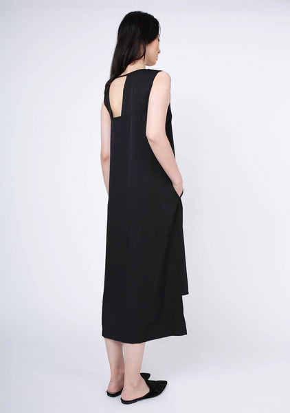 Liv Viscose Midi Dress - Tricorn Black - SALIENT LABEL