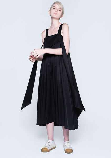 MIZUKI PLEATED LONG STRAPS MIDI DRESS - OBSIDIAN - SALIENT LABEL