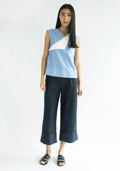 Navigate Contrast Colour Flap Top - SALIENT LABEL