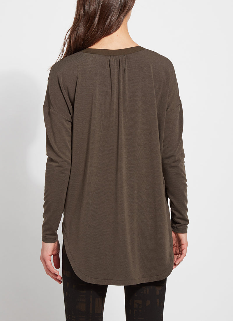 SPLIT V NECK BLOUSE (more colors)