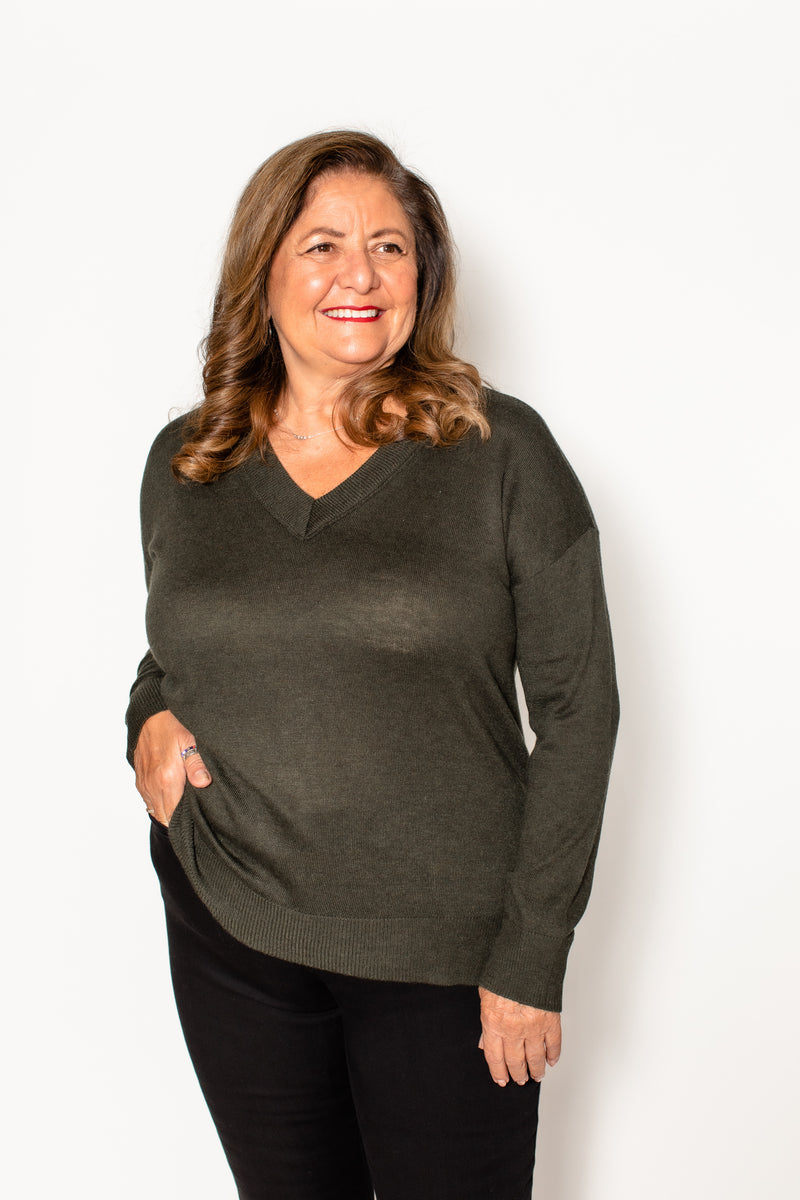 V NECK SWEATER (more colors)