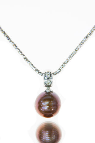 Chocolate Pearl and Diamond white gold pendant | Chocolate jewellery my way