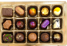 Load image into Gallery viewer, CLASSIC  COLLECTION - 15 piece Truffle assortment