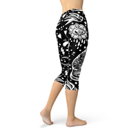Womens Black Magic Cat Capri Leggings