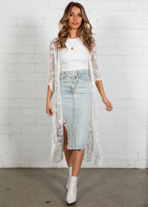 Autumn Lace Cape - White