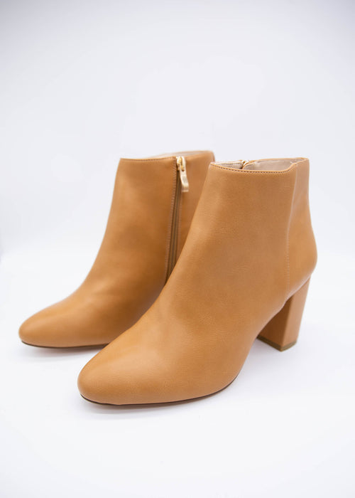 Moss Ankle Boots - Tan
