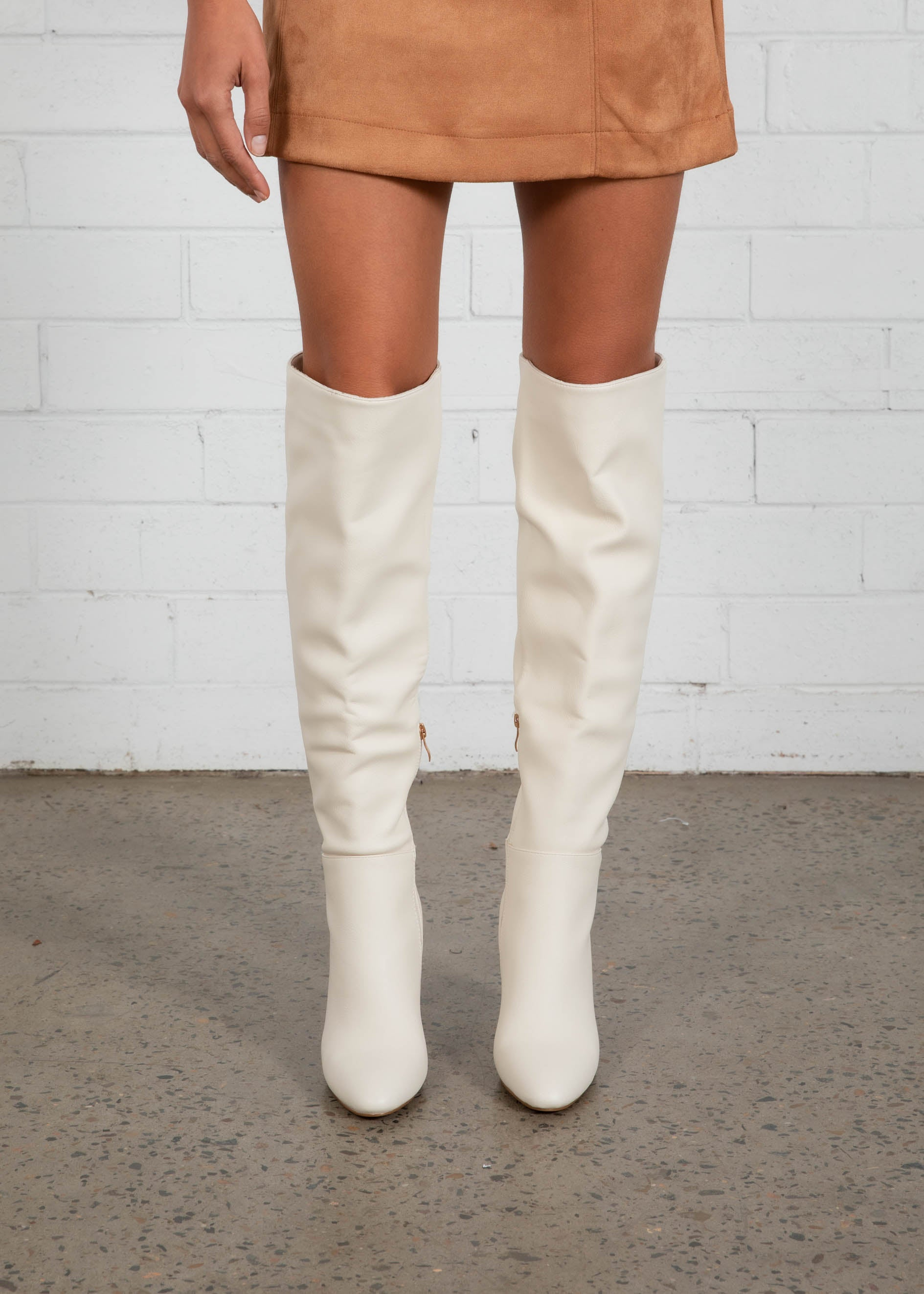 Quartz Knee High Boot - Off White