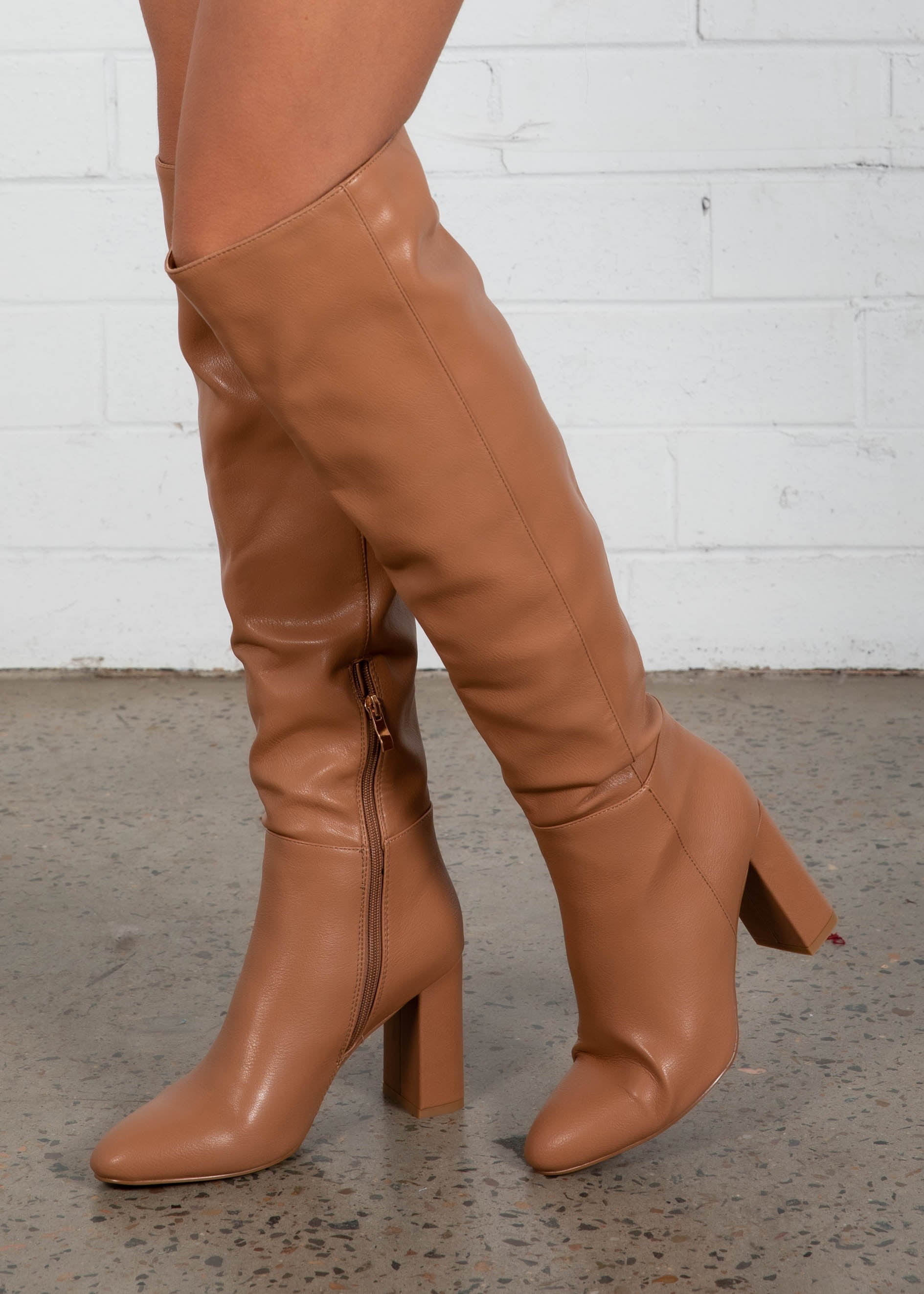 Quartz Knee High Boot - Tawny
