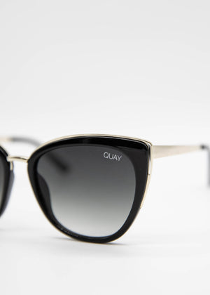 Honey Sunglasses - Black/Smoke