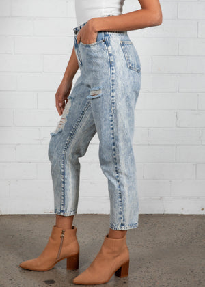 Braxton Distressed Jeans - Acid Wash