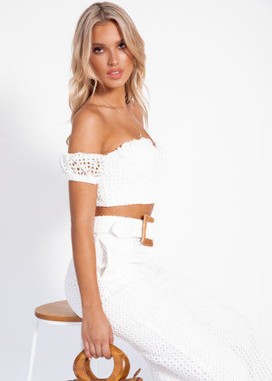 Breaking Hearts Off-Shoulder Crop - White Anglaise