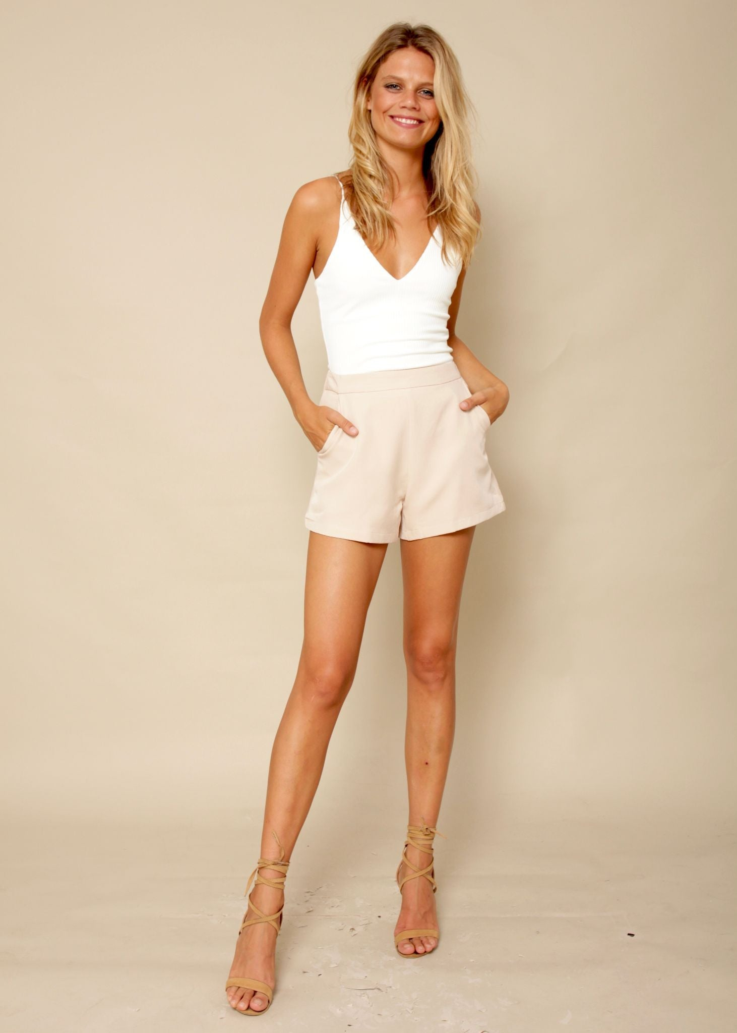 Lose Control Shorts - Pastel Peach