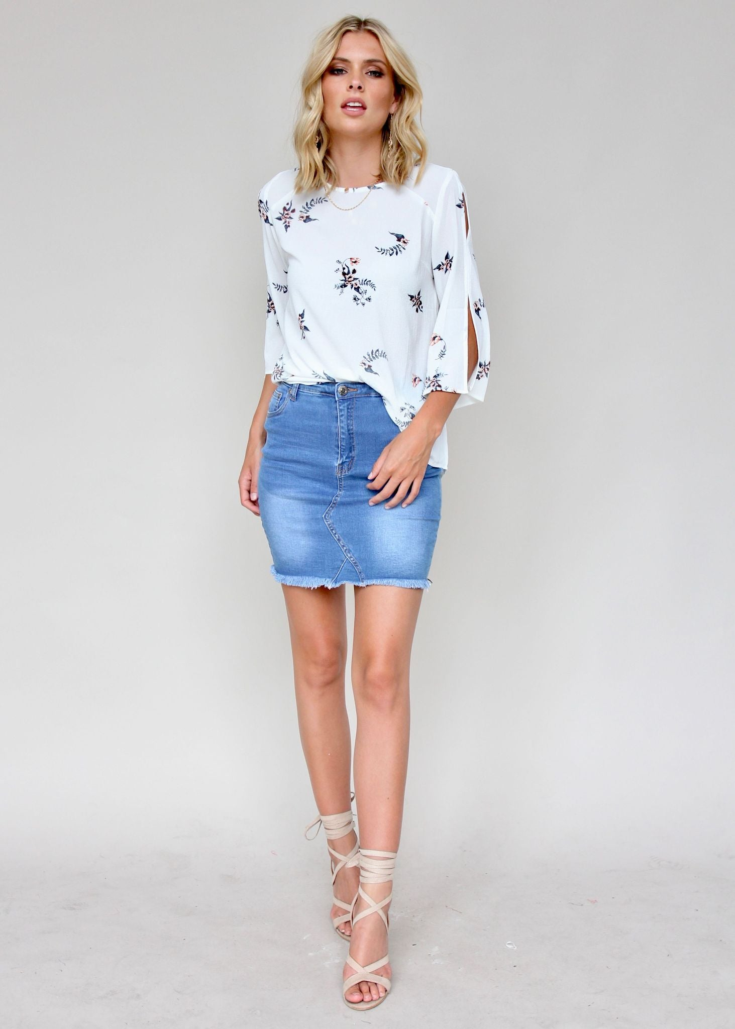 Catching Sun Blouse - White Leaf