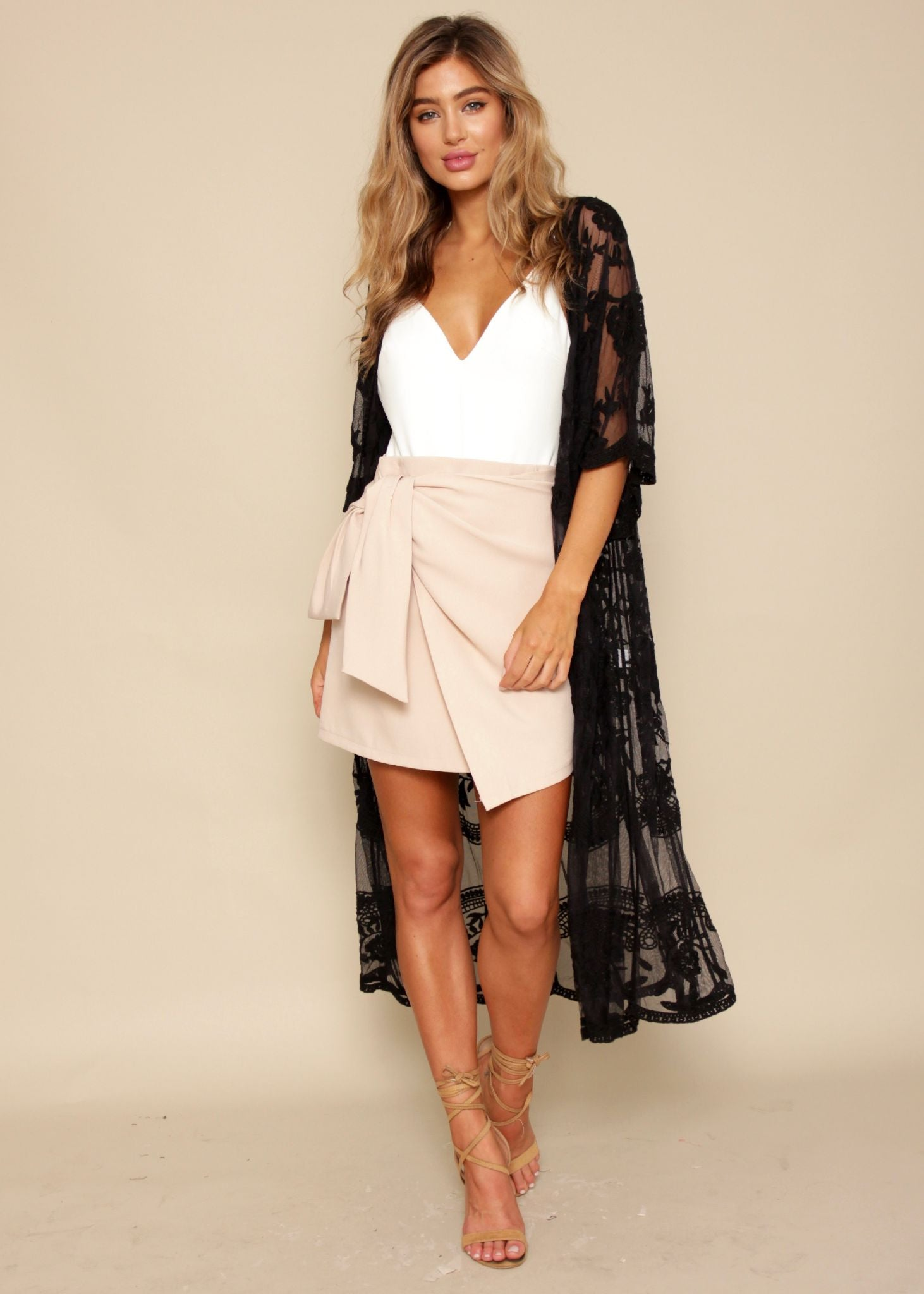 Rambling Rose Lace Cape - Black
