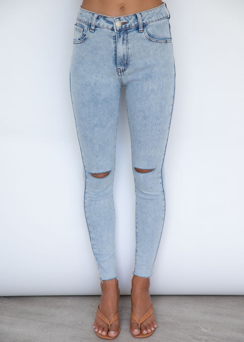 You're Cute Cut Jeans - Acid Wash