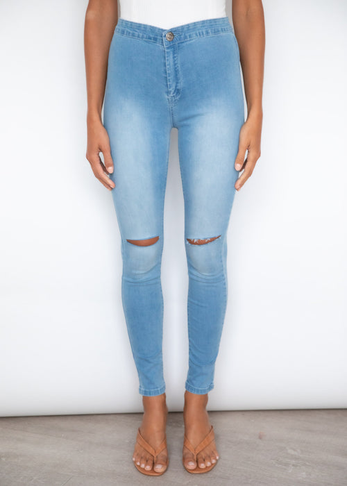 Switch High Rise Jeans - Light Blue