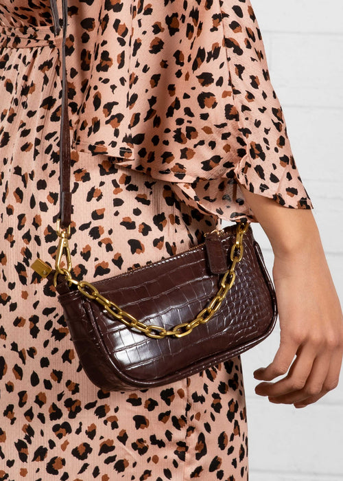 Wavy Mini Chain Bag - Coffee