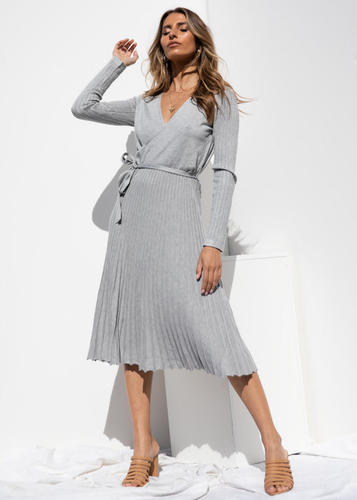 Meet Me In Italy Knit Midi Dress - Grey