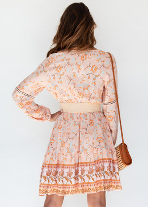 Face In Motion Dress - Peach Floral