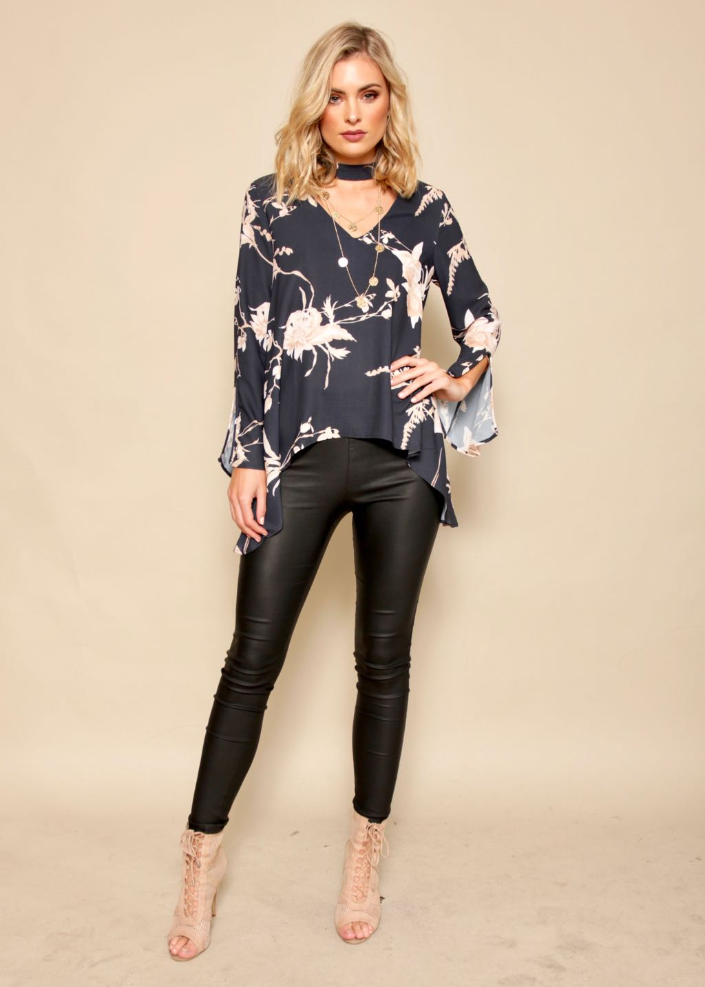 Smokescreen Blouse - Navy Floral