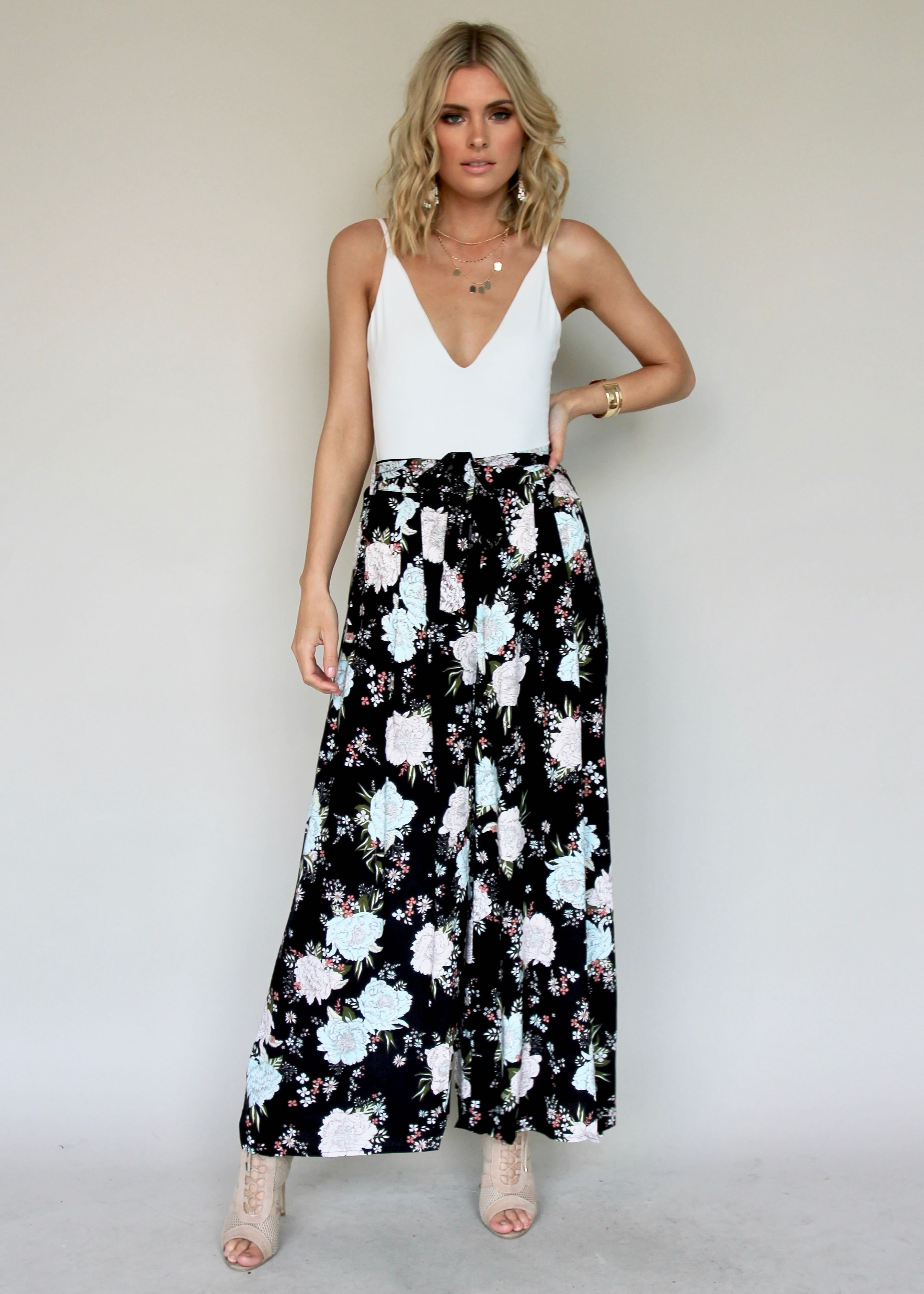 Lean On Me Wide Leg Pants - Midnight Floral