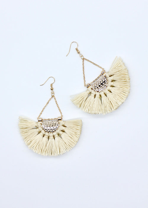 Mona Earrings - Golden