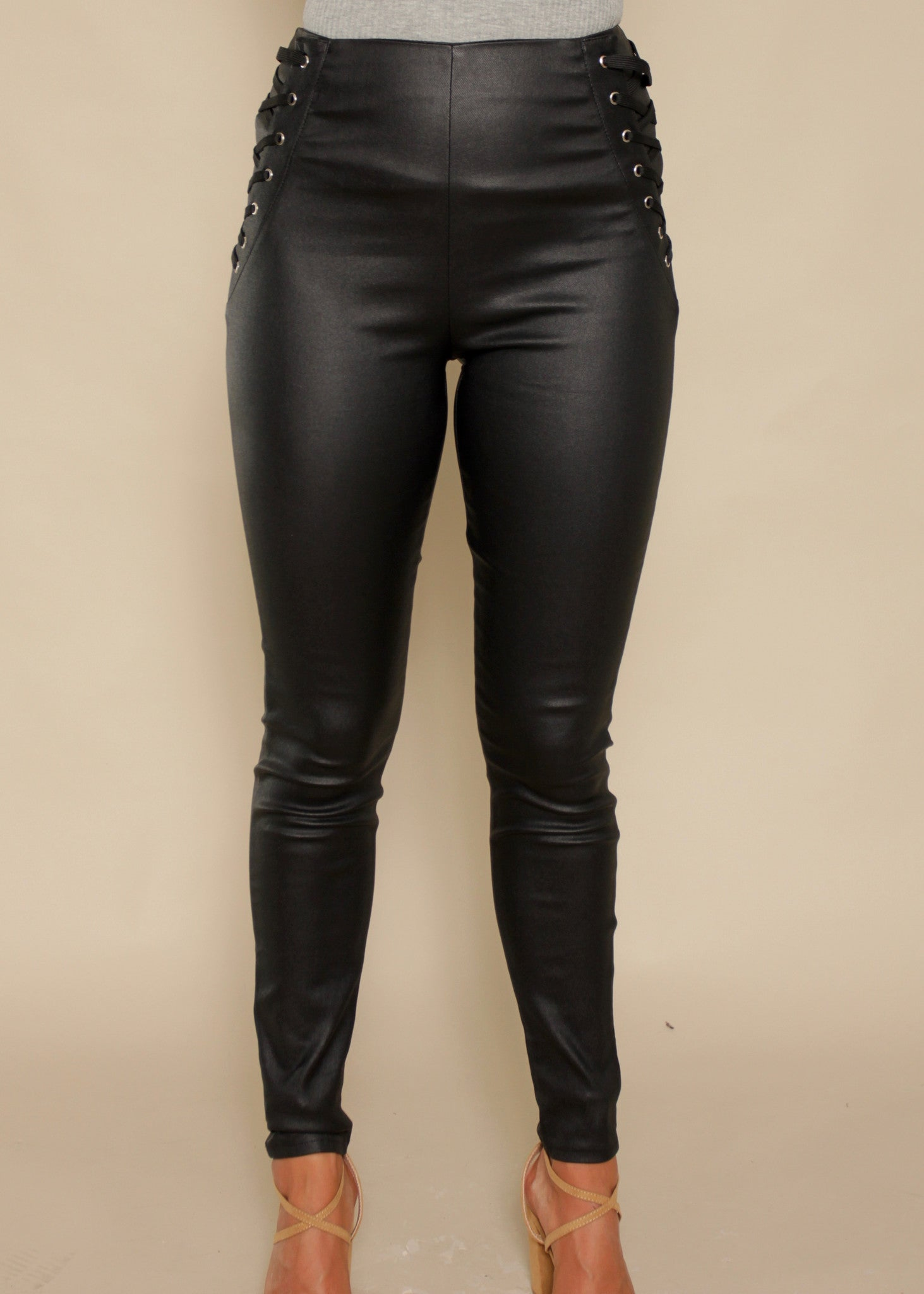 Steal The Show Coated Pants - Black