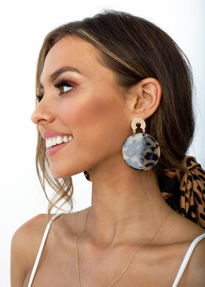 Come Around Earrings - Tort