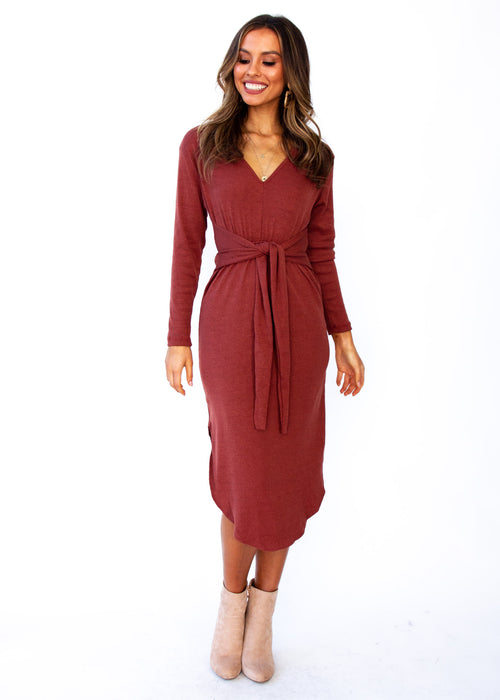 Keep Moving On Midi Dress - Burgundy