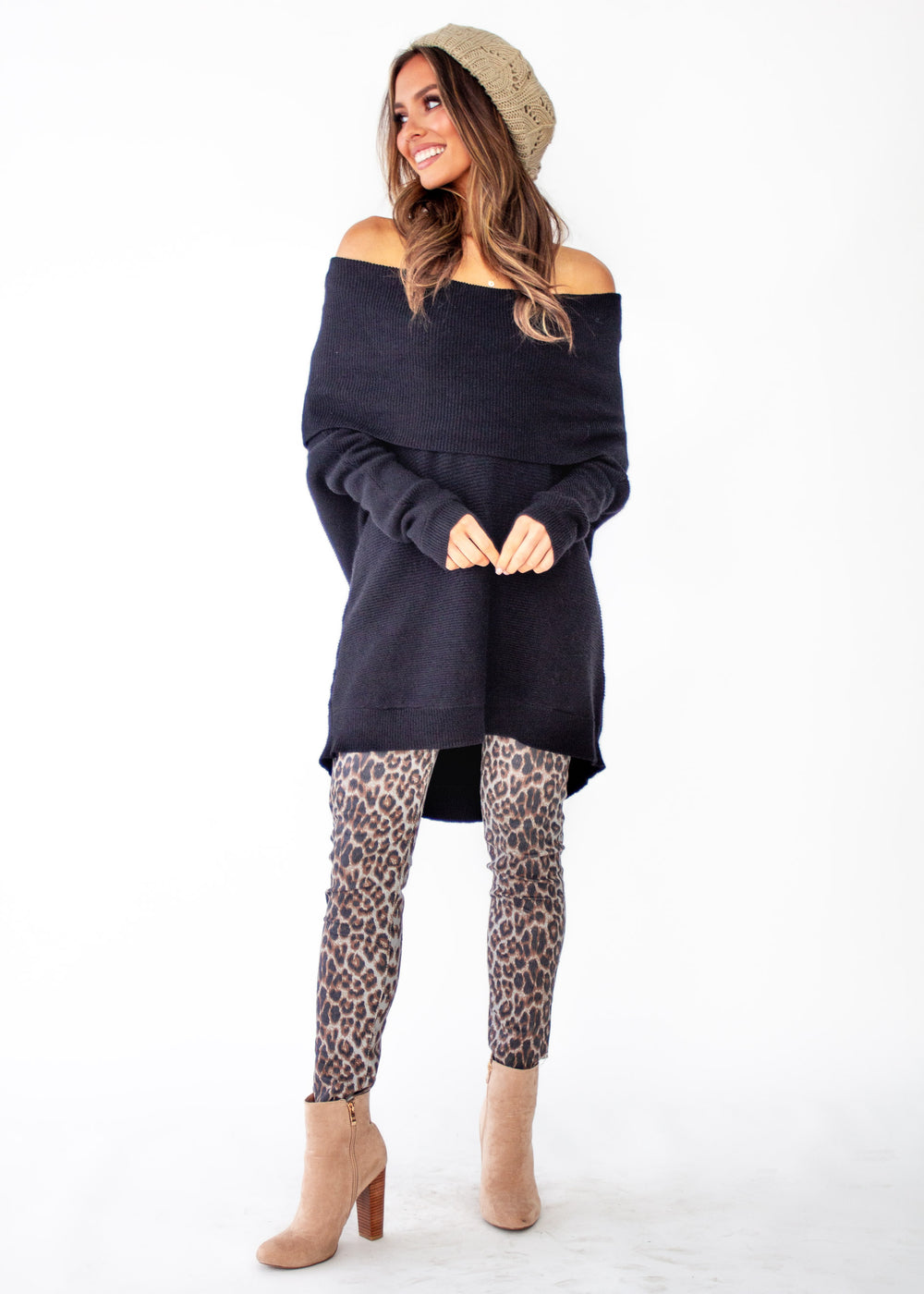 Women's Dalton Roll Neck Sweater - Black