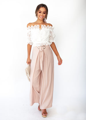 Eves Lace Off The Shoulder Crop - White