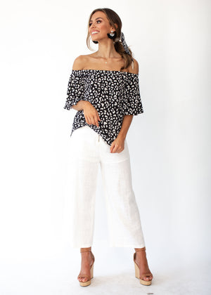 Dare To Try Off Shoulder Top - Black/White