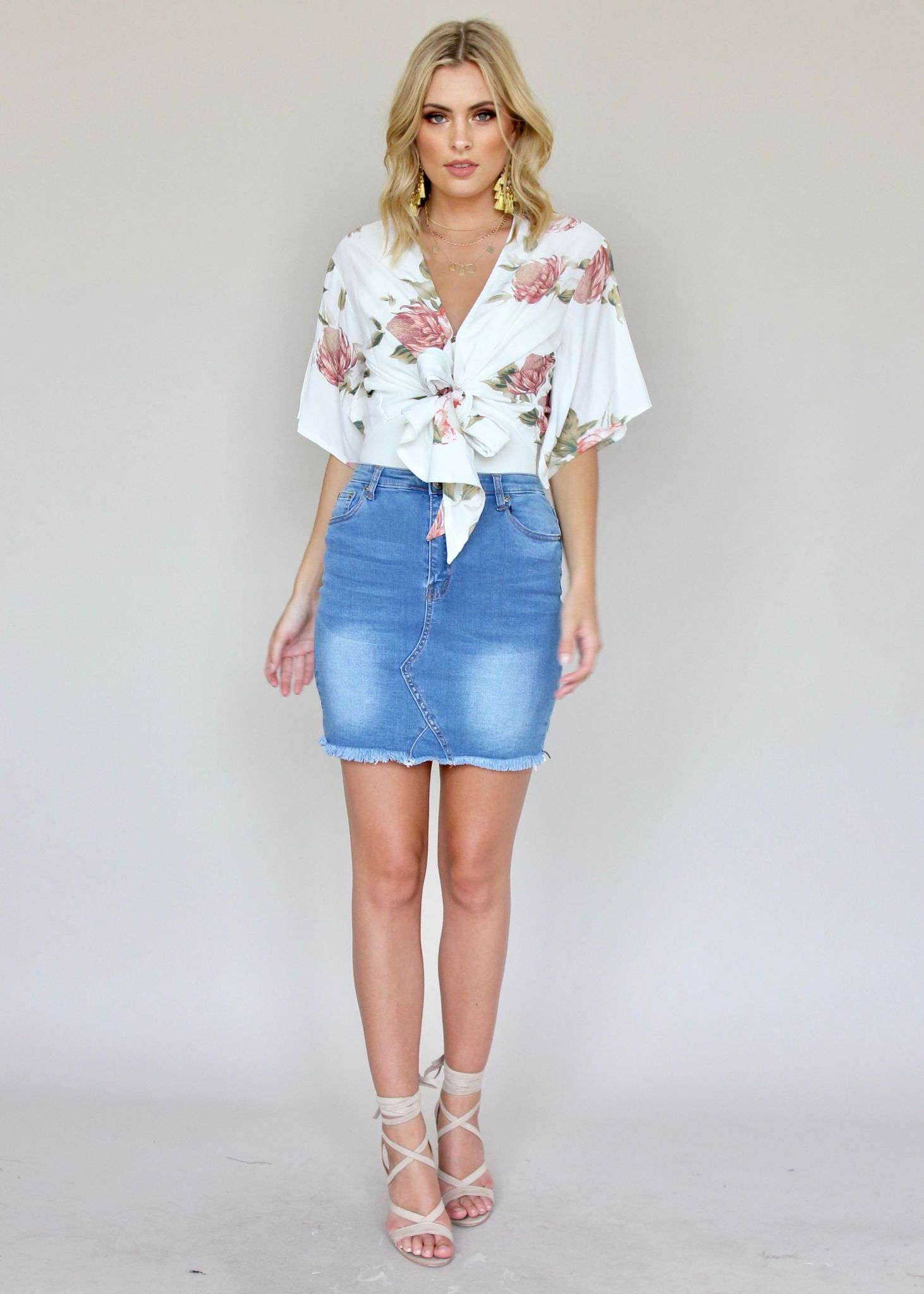 Love On Me Tie Blouse - White Floral
