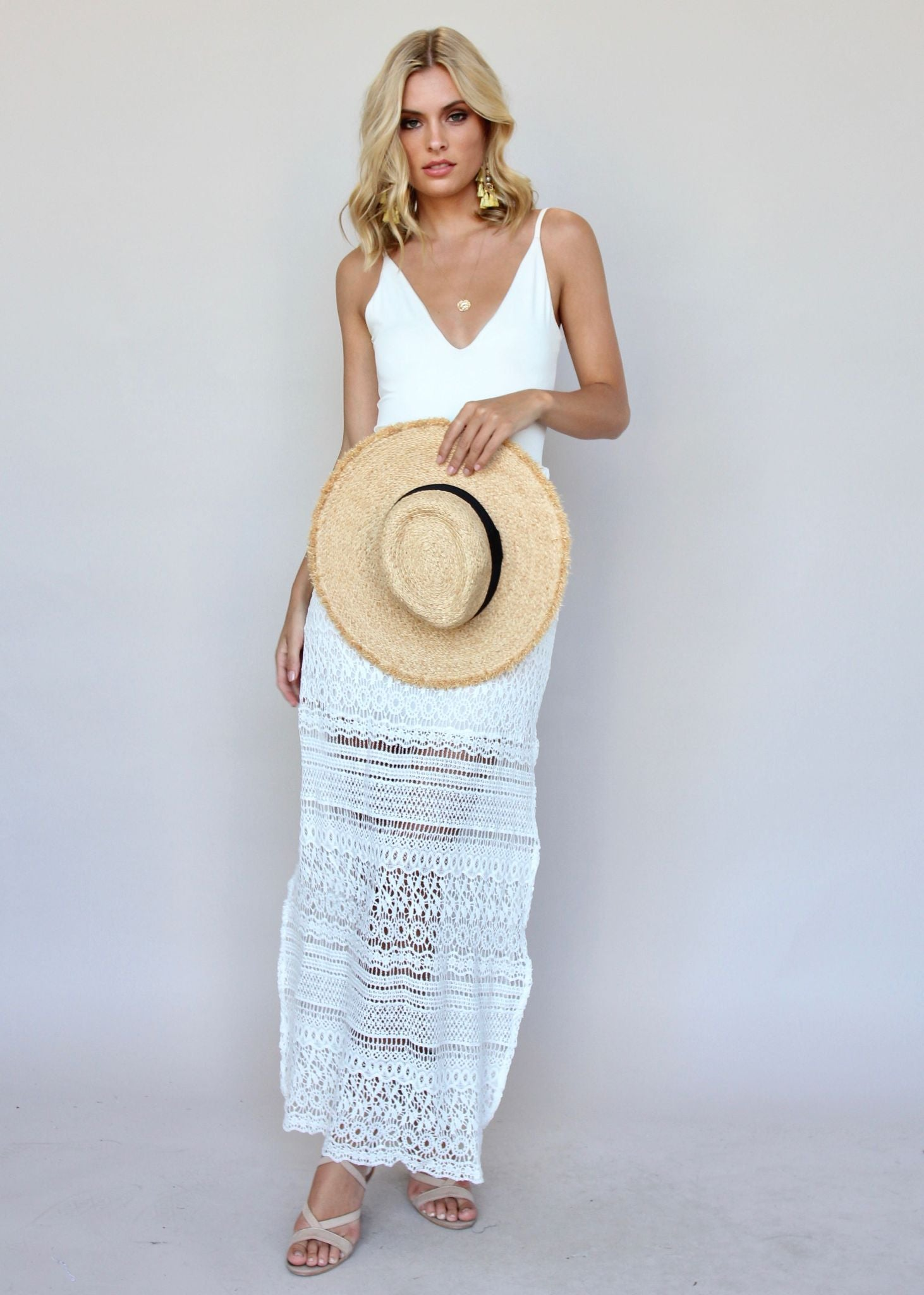 Hey Vacay Lace Skirt - White