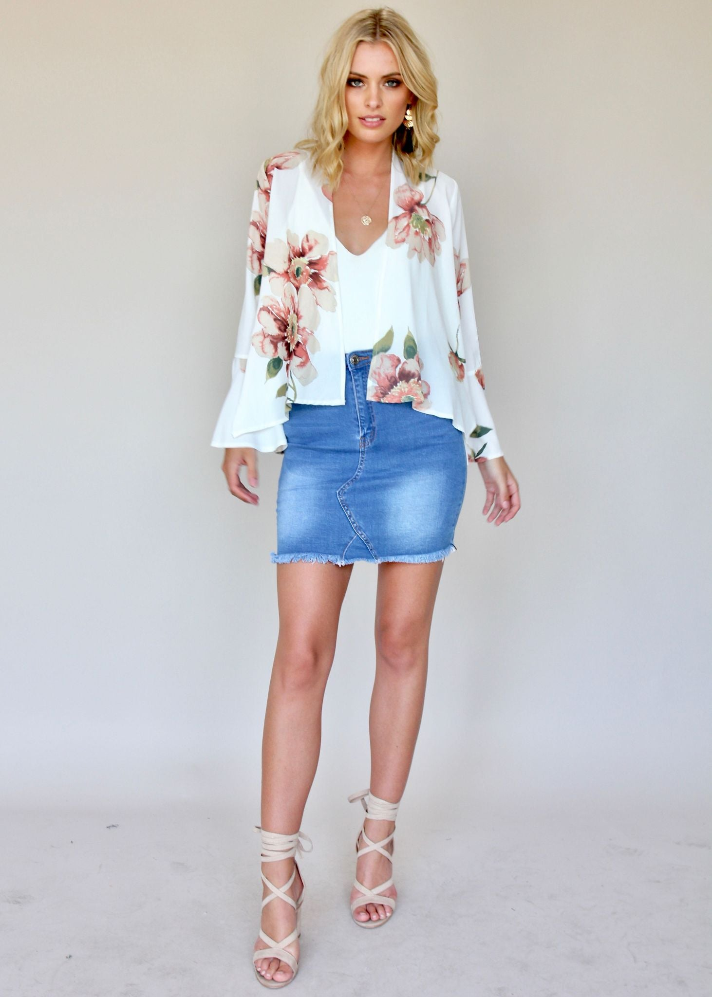 Lost In Time Jacket - White Floral