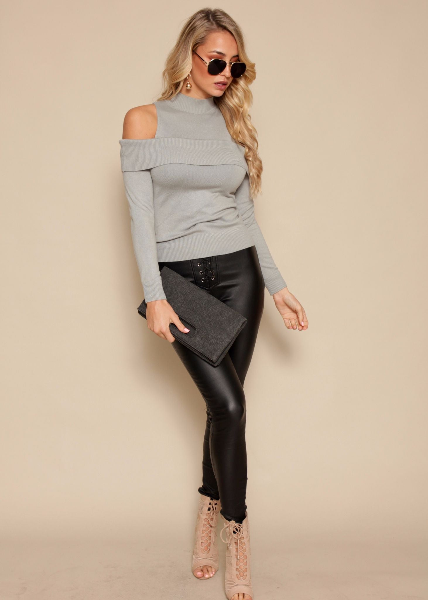 Showdown Cold Shoulder Knit Top - Grey