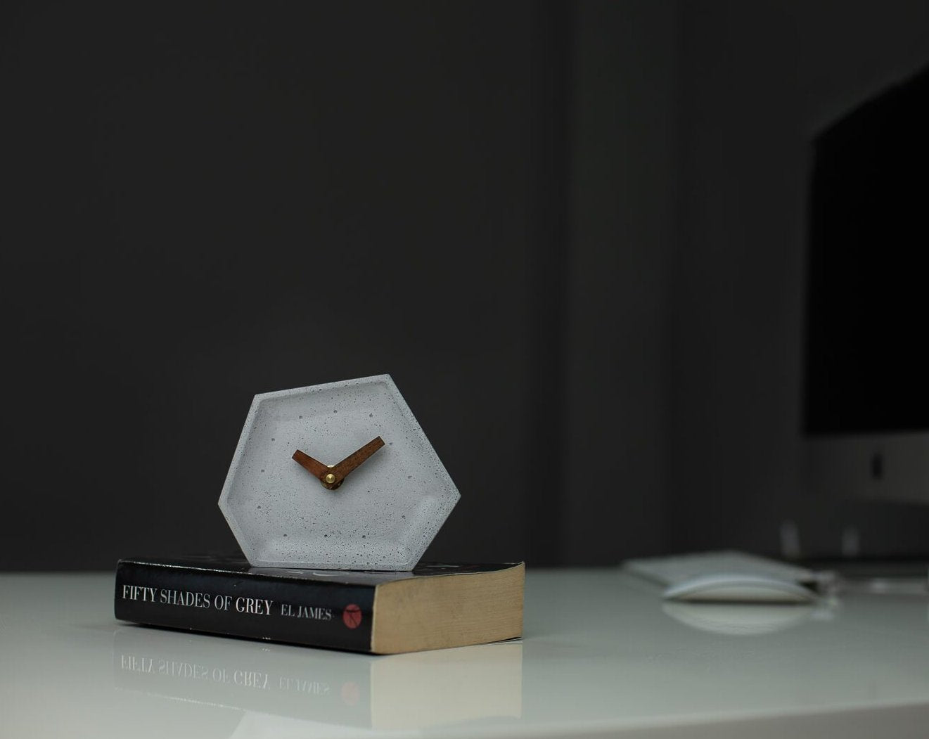 Concrete Hexa Tabletop Clock Grey-Eliteearth