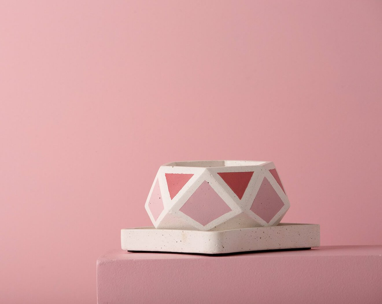 Concrete Hexamont Planter - Pink Invertrix Collection - Eliteearth