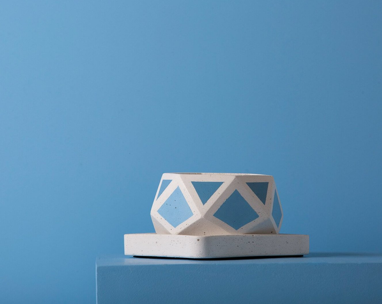 Concrete Hexamont Planter - Blue Invertrix Collection - Eliteearth