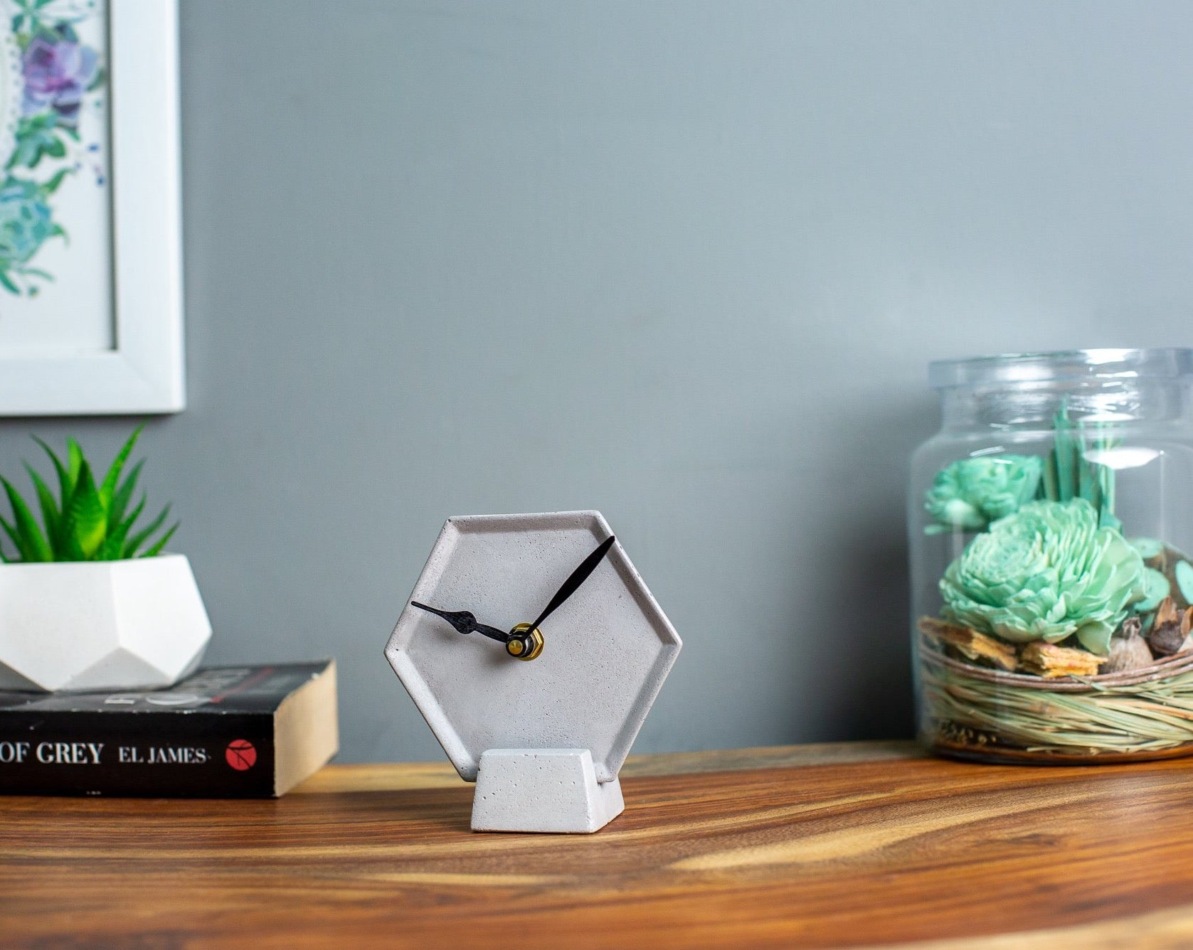 Concrete Mini Hexa Tabletop Clock Grey-Eliteearth
