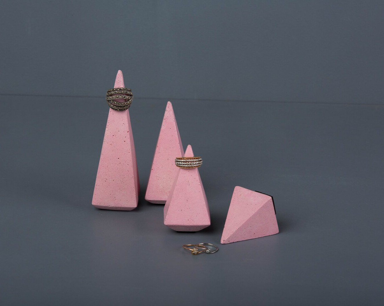 Concrete Soft Prism Jewellery Stands - Pink-Eliteearth