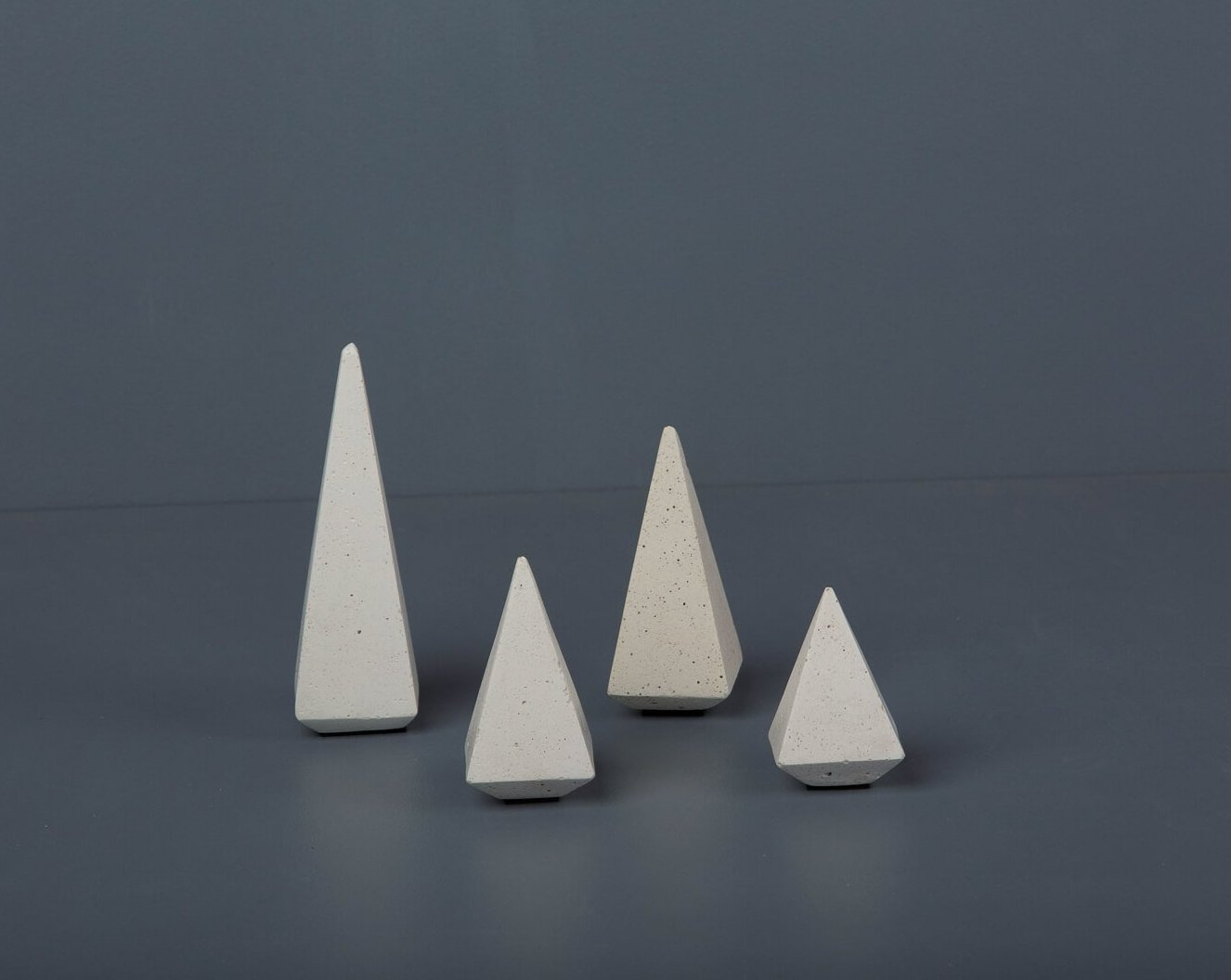 Concrete Soft Prism Jewellery Stands - White-Eliteearth