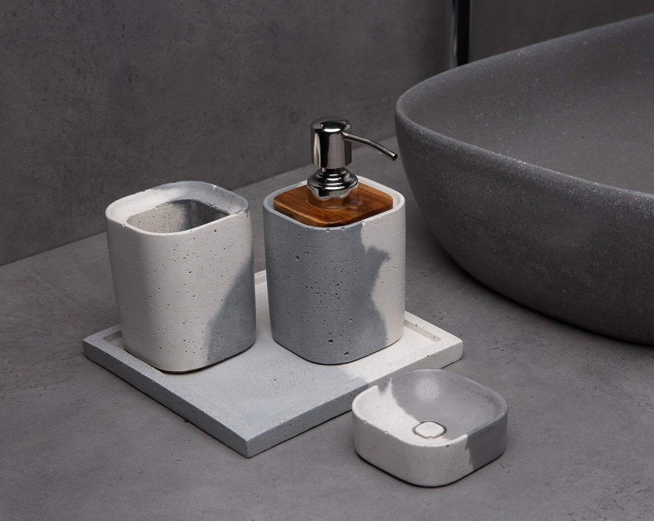 Concrete Wisp Bath Accessories Set