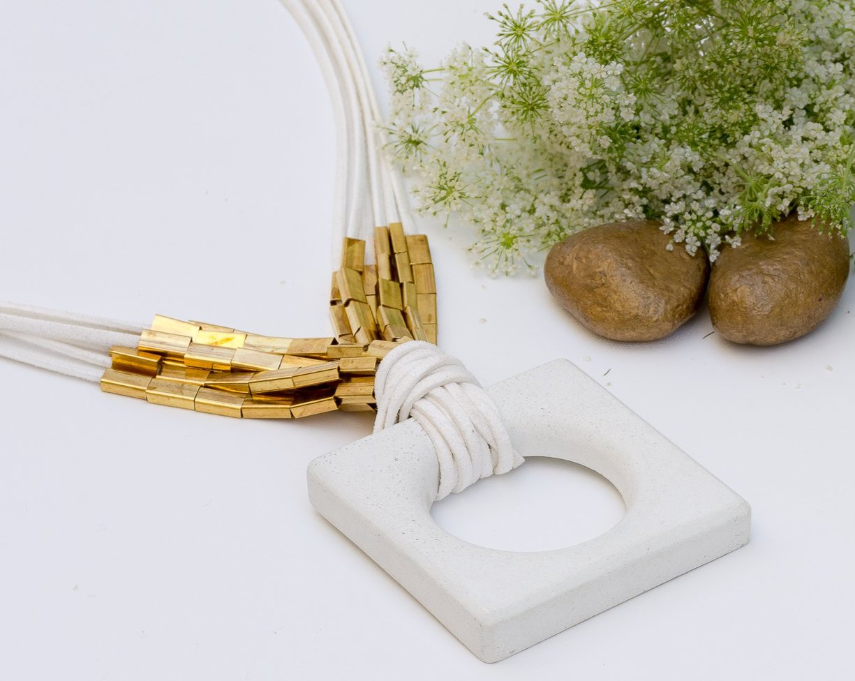 Concrete Chaukor White Neckpiece-Aakaar Collection - Eliteearth