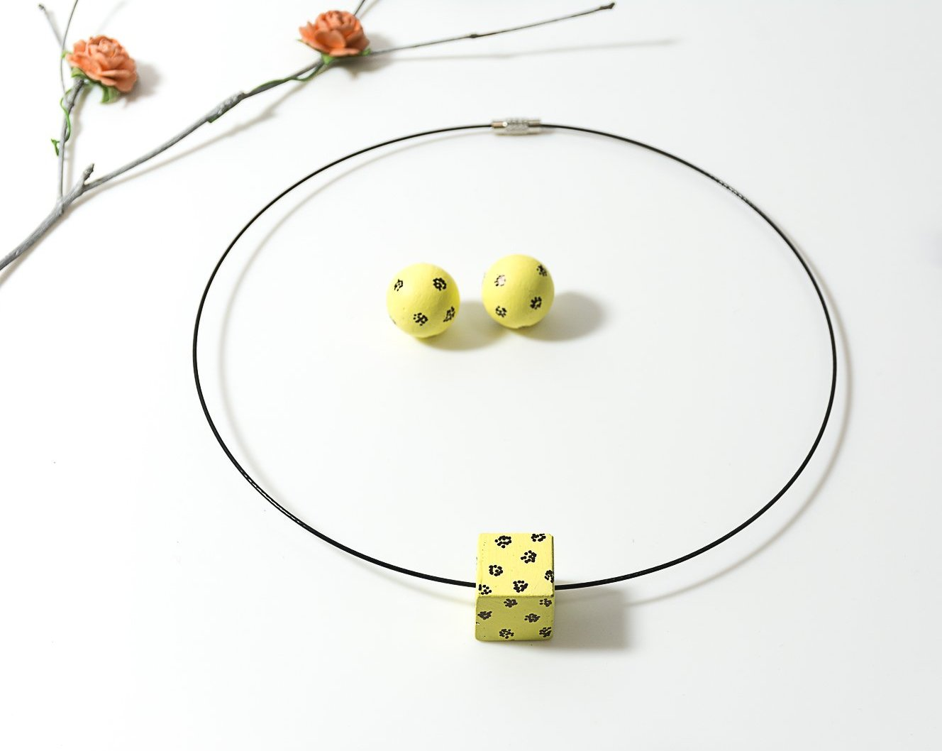 Lemon Yellow Handpainted concrete chord Necklace and Earing Set - Eliteearth