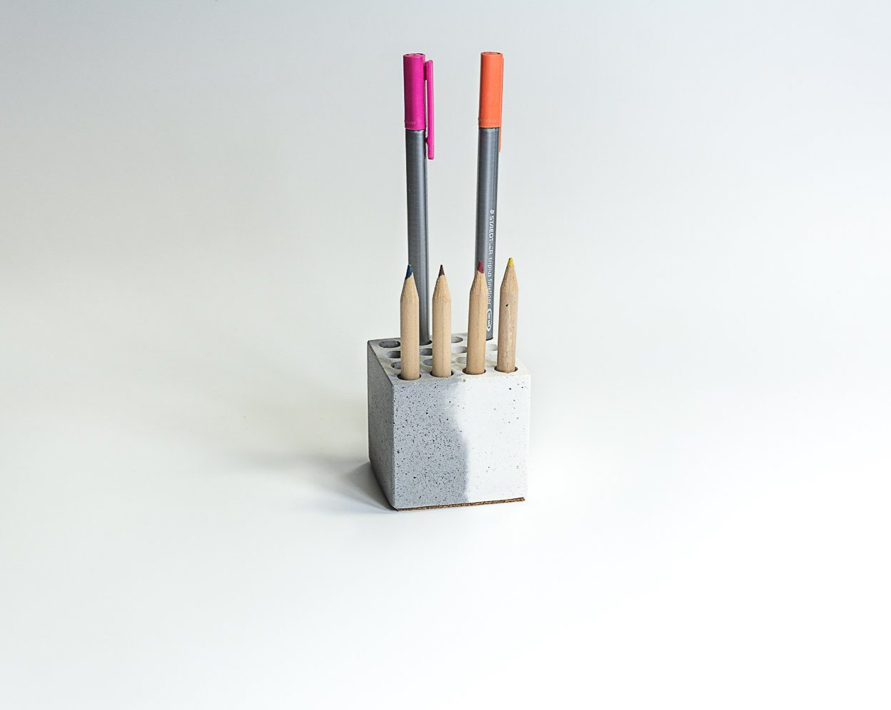 Concrete MultiPenstand - Dual Tone Collection - Eliteearth
